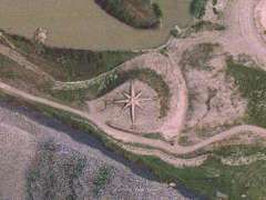 Rhoose sand sign : compass (Sign)
