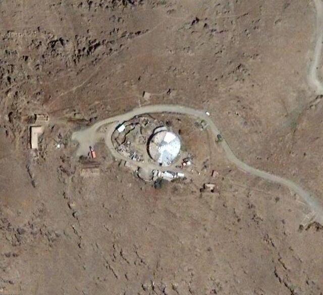 ancient spacecraft on moon clementine satellite - photo #44