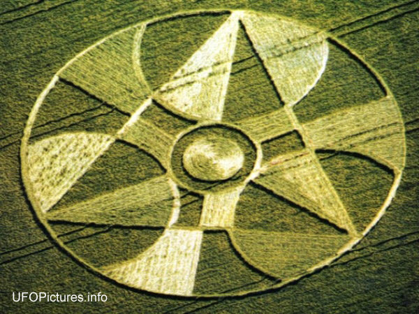 Crop circle (Crop circle) - similarity image