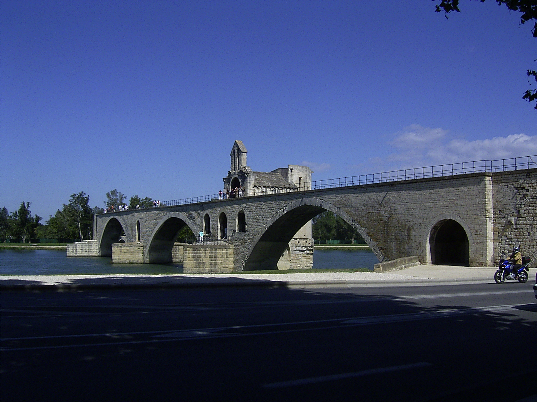 Pont d'Avignon (Monument) - similarity image