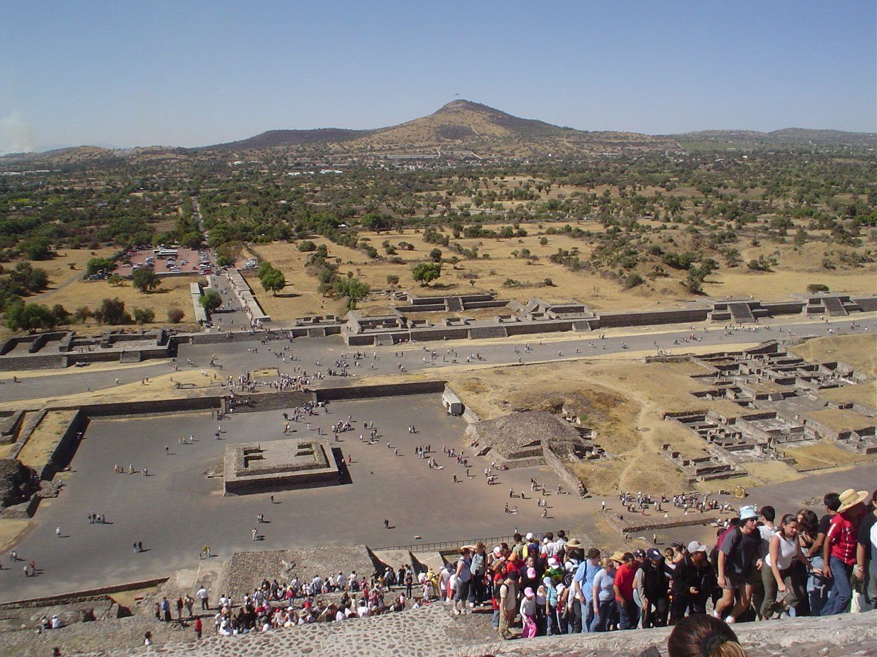 Teotihuacan (Monument) - similarity image