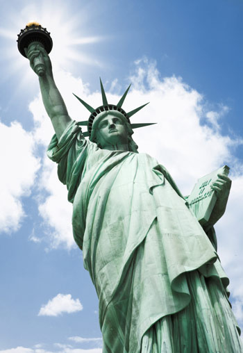 Art field : Statue of Liberty (Art) - similarity image